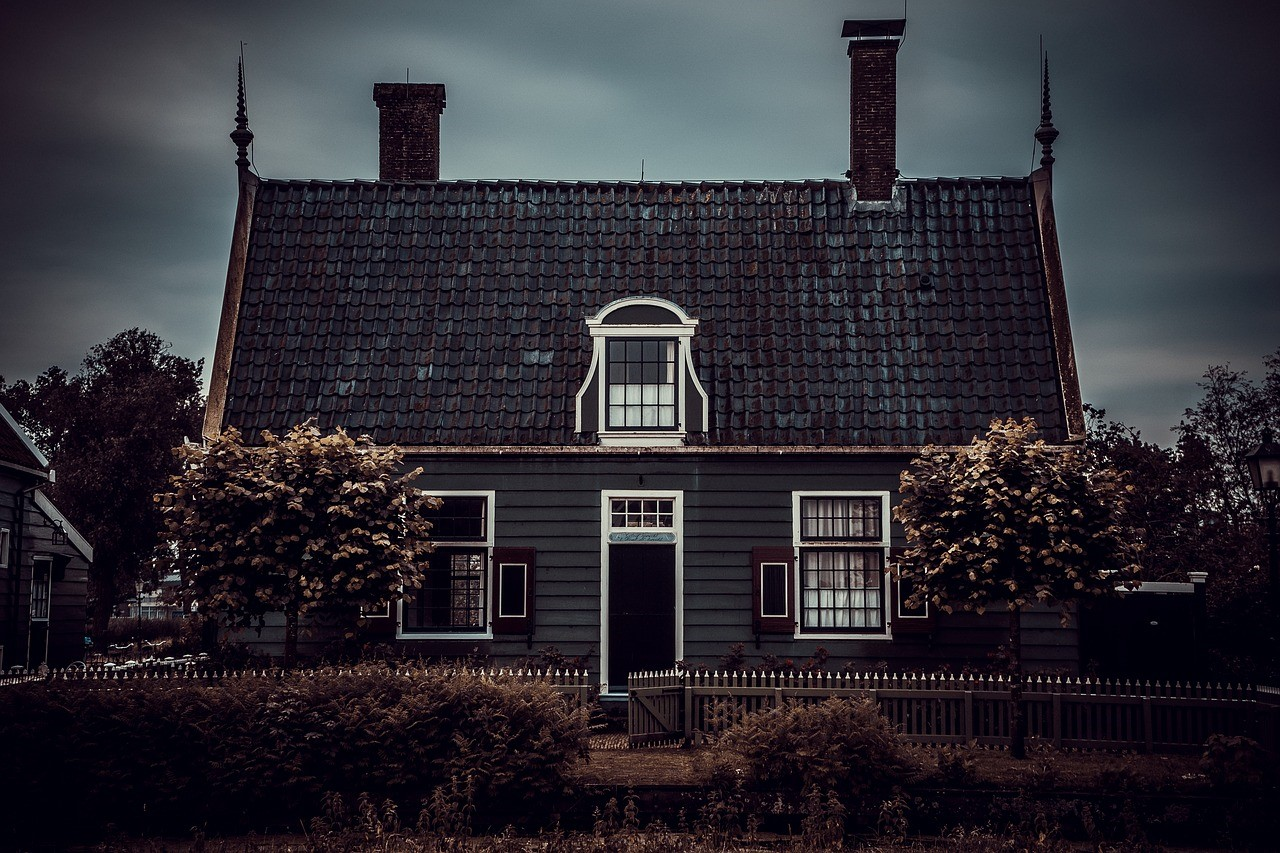 How To Create A Smart Haunted House